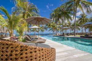 seed resort-pool side